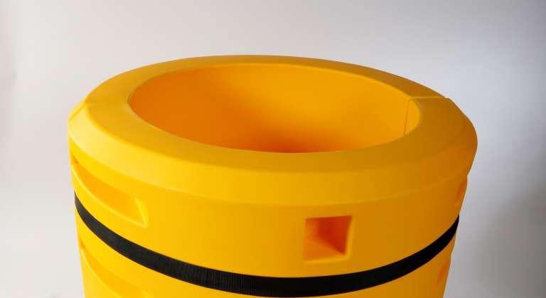 Kunststof kolombescherming ter bescherming van ronde palen en kolommen.