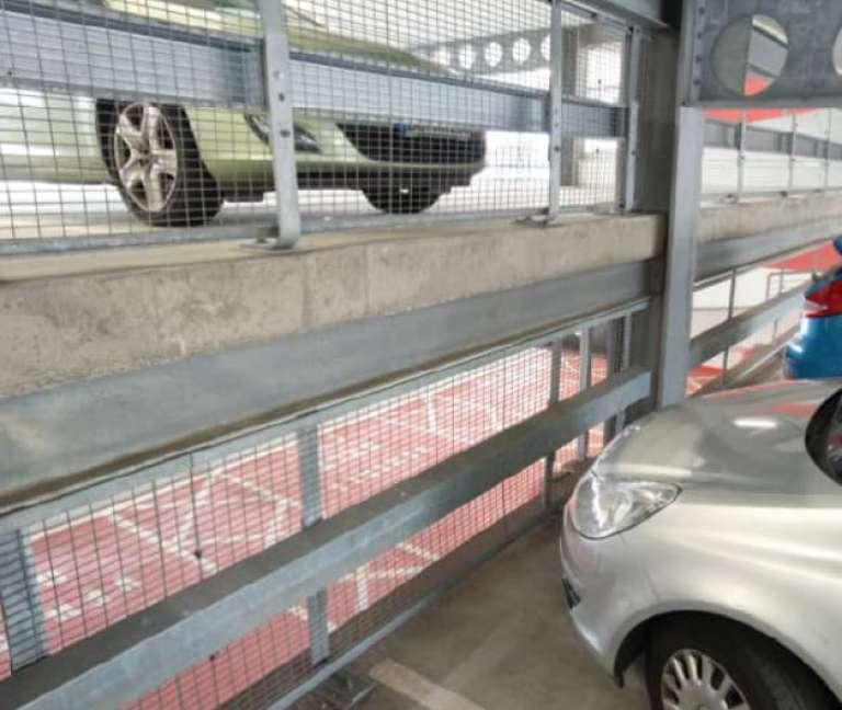 Verende stootbuffer type RB1 voor bescherming van infrastructuur tegen aanrijding door traag rijdende voertuigen