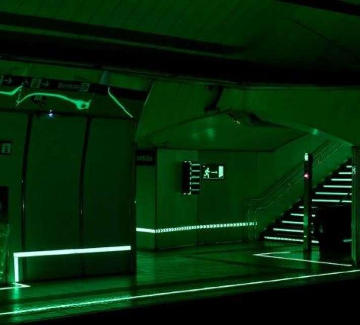 Fotoluminescerende tape (in het donker)