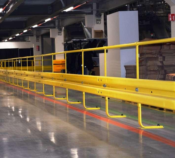 Handrailbuis gemonteerd op stootbuffersysteem
